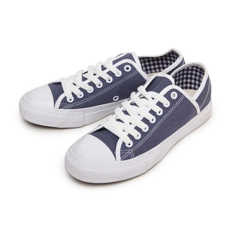 美特斯邦威 女装基本特殊结构低帮硫化鞋270799