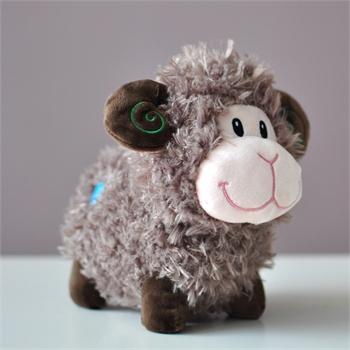 超级可爱的小羊公仔色彩明亮表情超萌&nbsp